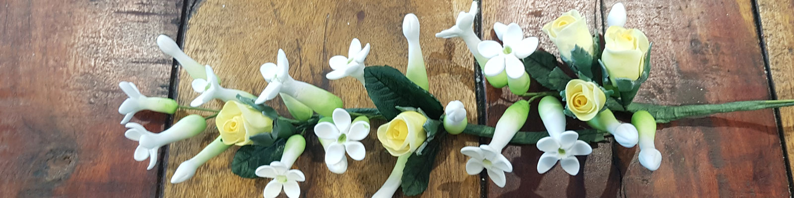 sugar floristry by Sweet Green Icing