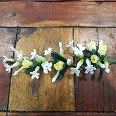 sugar floristry for cakes by Amanda Ward of Sweet Green Icing