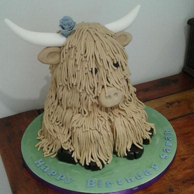 scottish highland cow birthday cake