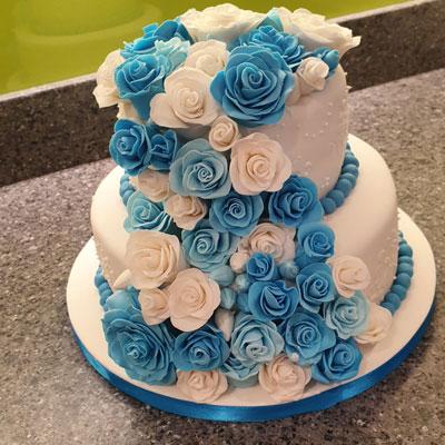 wedding cake with sugar floristry